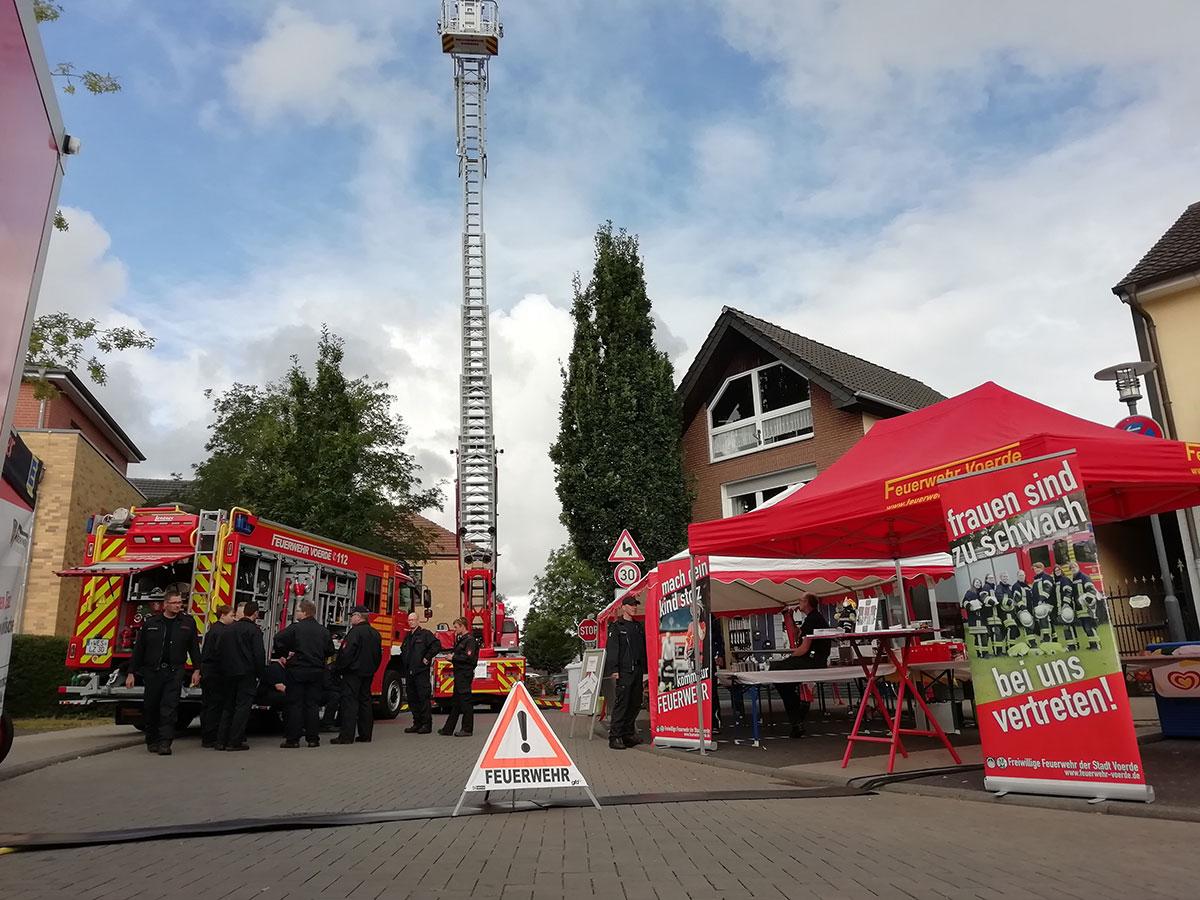 """Die Feuerwehr Voerde beim Fest """"Blickpunkt Spellen"""""""