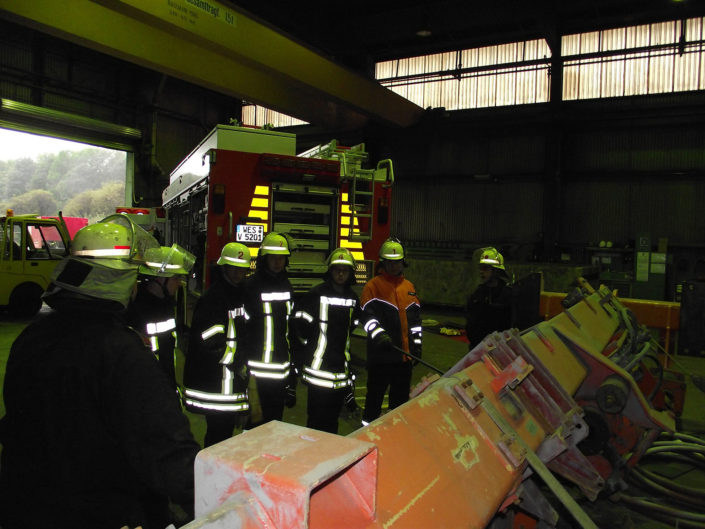Feuerwehr Voerde: Abgeschlossene Grundausbildung 2017